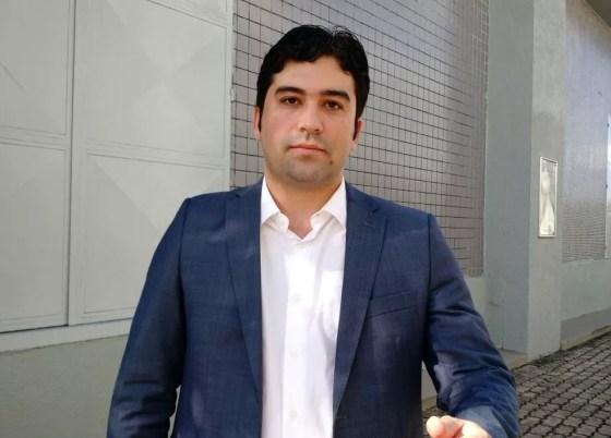 Bruno Pereira, prefeito de São Lourenço da Mata, teve celular e pertences roubados na Zona Norte do Recife (Foto: Pedro Alves/G1)