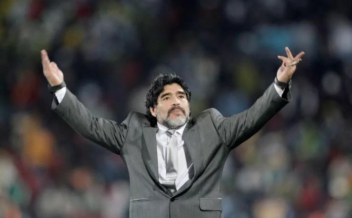 Diego Maradona no jogo Argentina e Nigeria na Copa do Mundo de 2010 — Foto: Reuters/Action Images / Andrew Boyers/File Photo