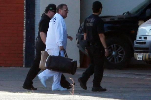 Geddel chega ao aeroporto de Brasília após ser preso (Foto: ANDRÉ DUSEK/ESTADÃO CONTEÚDO)