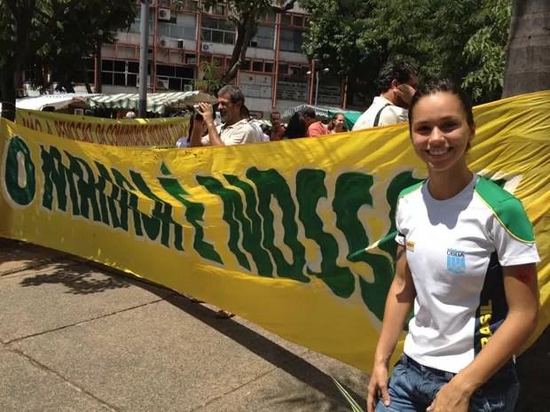 Monica Amaral, de 19 anos, treina no Parque Aquático do Maracanã (Foto: Cristiane Cardoso/G1)
