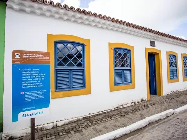 Essa é a casa onde nasceu o proclamador da República e promeiro presidente do Brasil: Marechal Deodoro. (Foto: Jonathan Lins/G1)