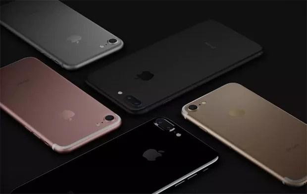 iPhones 7 Plus (modelos pretos) e 7 (rosa, dourado e prateado) foram revelados nesta quarta-feira (7) (Foto: Divulgação / Apple)