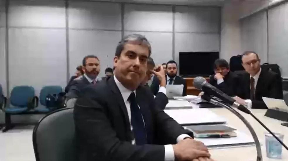 Dermeval Gusmão Filho foi interrogado em processo da Lava Jato em Curitiba (Foto: Reprodução)