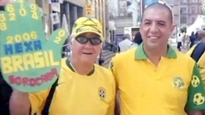 Claudine Wanildo Alves Pereira, torcedor de Sorocaba que a várias Copas, com Bussunda, em 2006 (Foto: Reprodução / TV TEM)