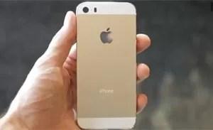 Site 'TechFast' mostrou vídeo com suposto iPhone 5S na cor dourada (Foto: Reprodução/TechfastLunch&Dinner)