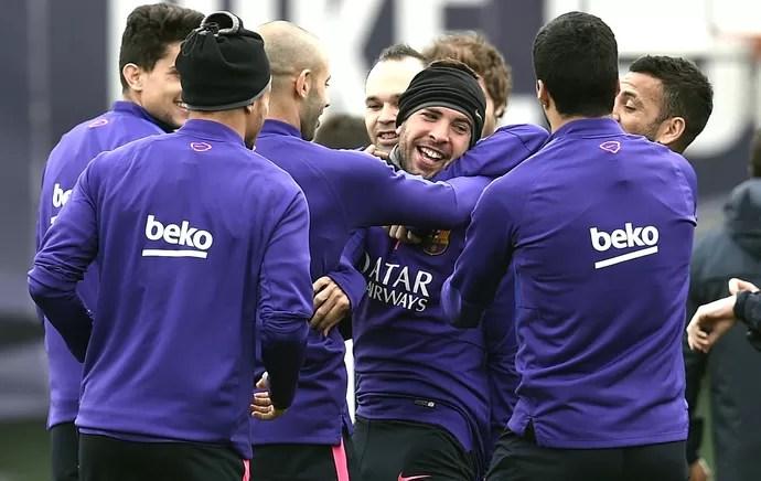 Jordi Alba, Treino Barcelona (Foto: Agência Reutes)
