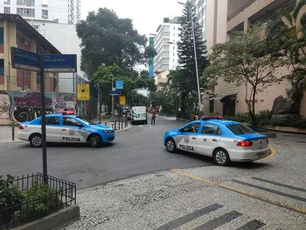 Acesso à rua Barão da Torre também ficou fechado (Foto: Nicolás Satriano/G1)