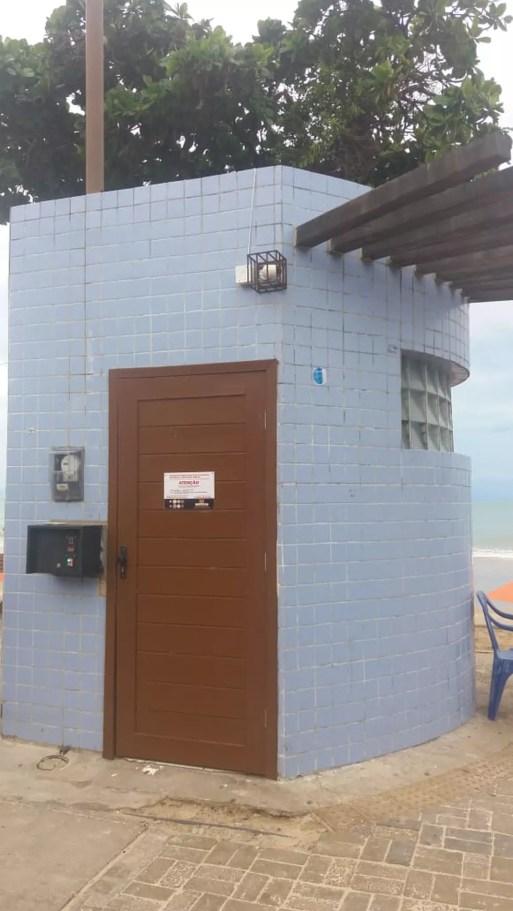 Administração dos banheiros da Praia de Ponta Negra foi entregue à iniciativa privada pela prefeitura — Foto: Divulgação