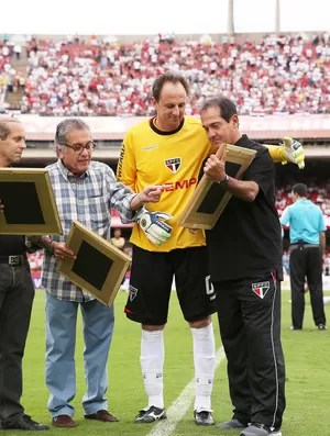 Rogério Ceni e Muricy Ramalho São Paulo x Botafogo (Foto: Marcos Ribolli)