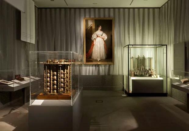 Exibição sobre Ada Lovelace no Museu de Ciências de Londres (Foto: Reprodução/Science Museum)