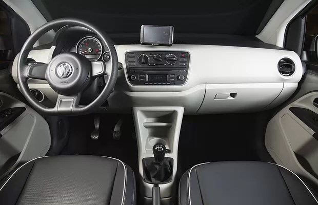 Comparativo Fiat Mobi Encara Volkswagen Up AUTO