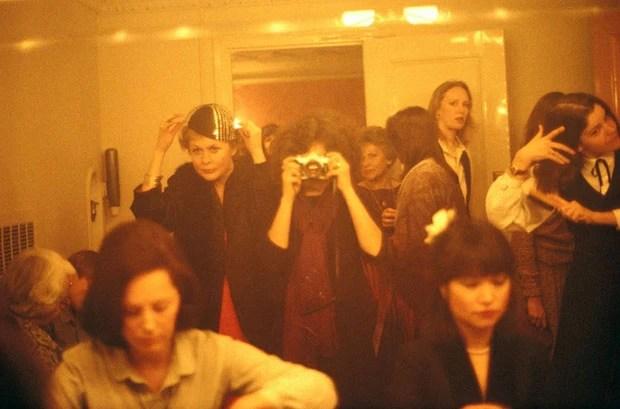 Exposição Ladies Room Around the World (Foto: divulgação)