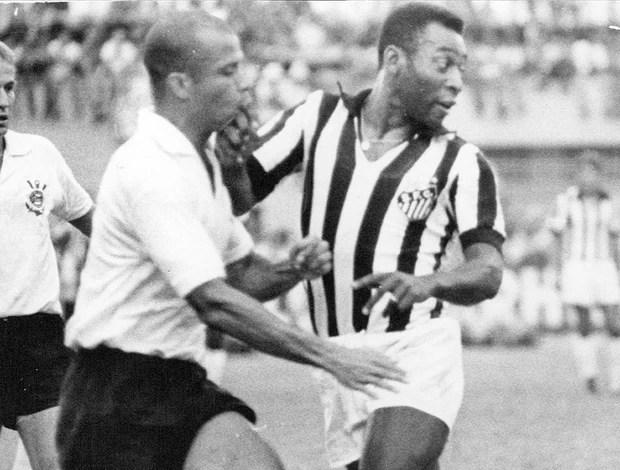 pelé santos corinthians campeonato paulista 1971 (Foto: agência Gazeta Press)