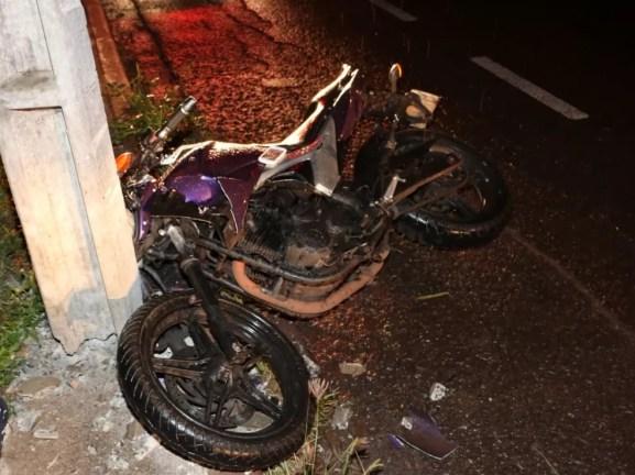 Acidente aconteceu na noite desta quarta-feira, em Maringá — Foto: Notícia Urgente Maringá