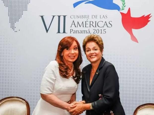 Dilma Rousseff se reúne com a presidente da Argentina, Cristina Kirchner, na Cúpula das Américas (Foto: Roberto Stuckert Filho/PR)