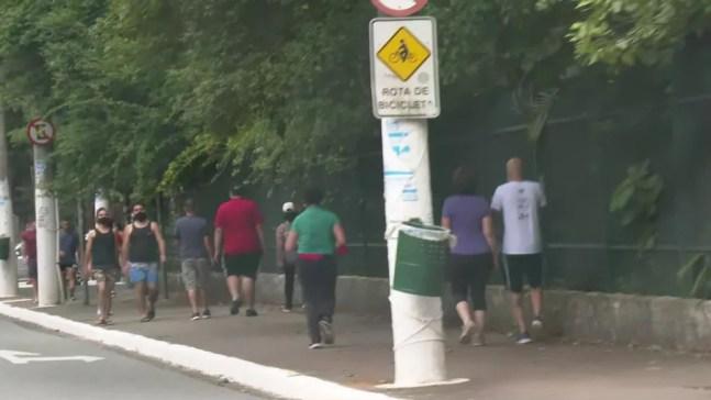 Movimentação intensa no entorno do parque Ibirapuera  — Foto: Reprodução/TV Globo