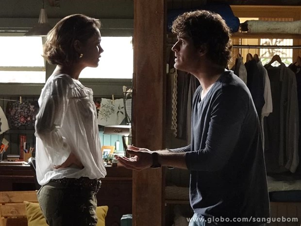 Bento questiona a visão de Amora sobre a vida e o trabalho (Foto: Sangue Bom/TV Globo)