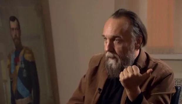Alexander Dugin diz que a verdade é uma questão de fé (Foto: BBC)