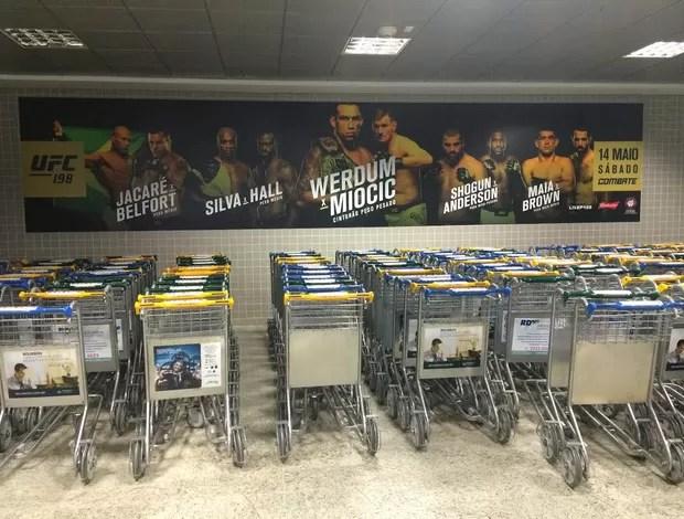 Aeroporto de Curitiba personalizado com o UFC 198