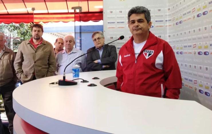 Ney Franco foi campeão da Sul-Americana com o São Paulo em 2012 — Foto: site oficial divulgação