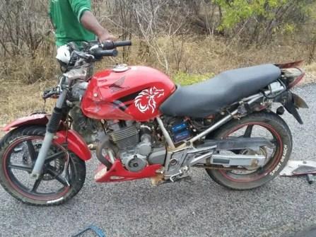 Jovem de 19 anos pilotava um moto no momento do acidente (Foto: Divulgação / Polícia Rodoviária Federal)