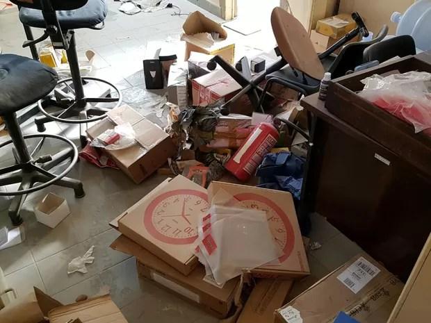 Arrombamento ocorreu na madrugada desta segunda-feira (Foto: Cotidiano Policial)