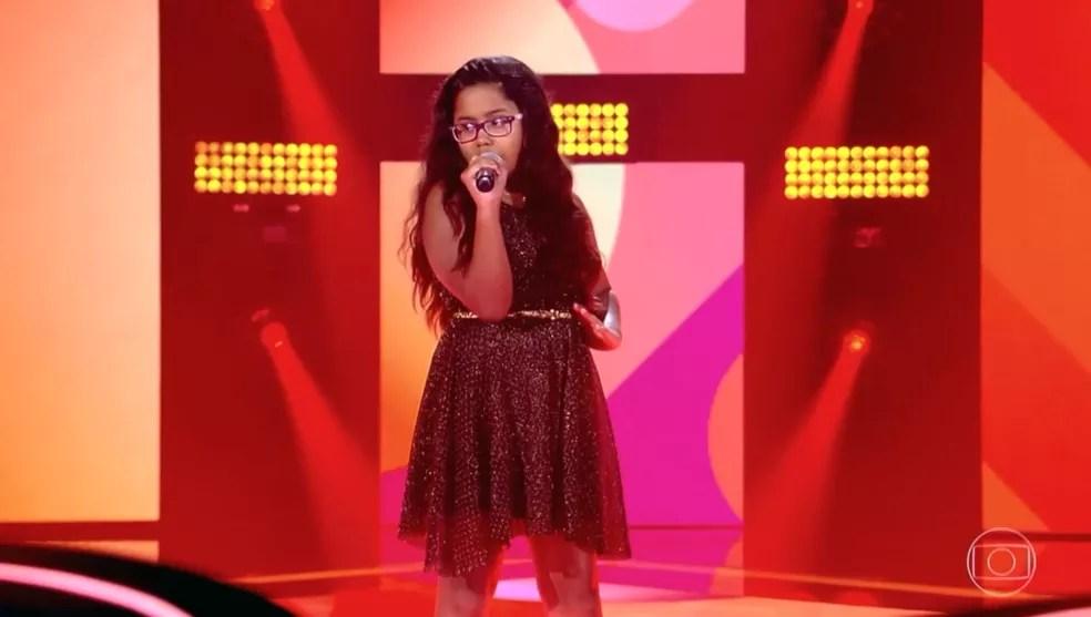 'Havana' foi o sucesso pop escolhido por Lanna para sua apresentação, no 'The Voice Kids' — Foto: TV GLOBO