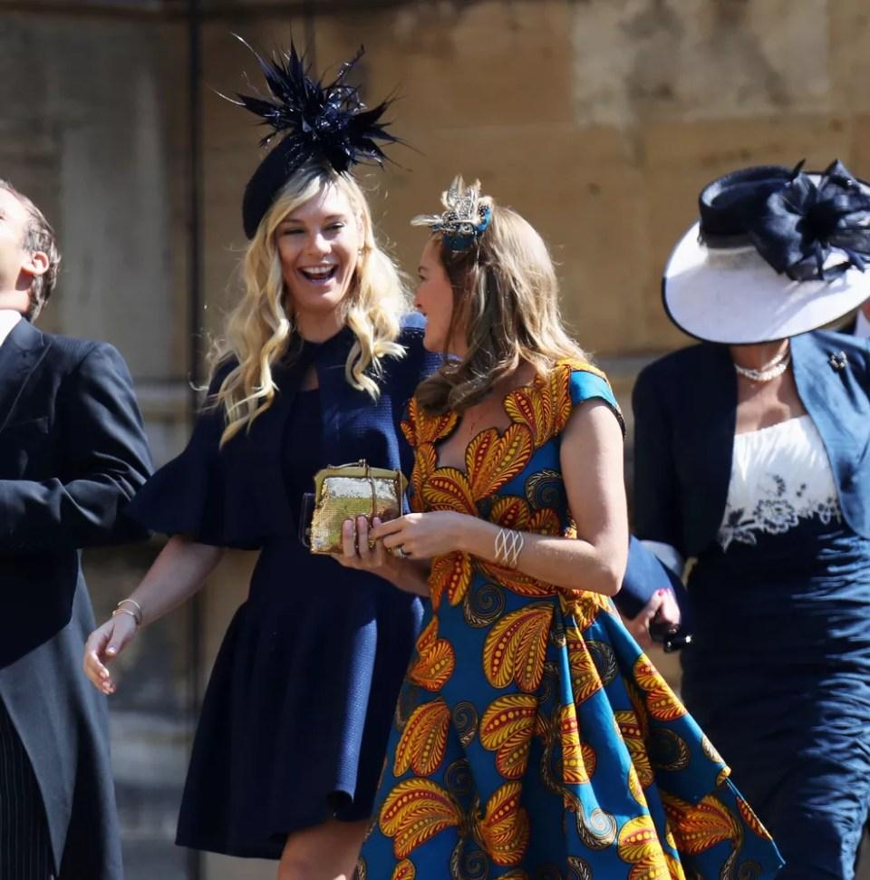 Chelsy Davy, ex-namorada de Harry, chega ao casamento em Windsor' (Foto: AP/Ian West)