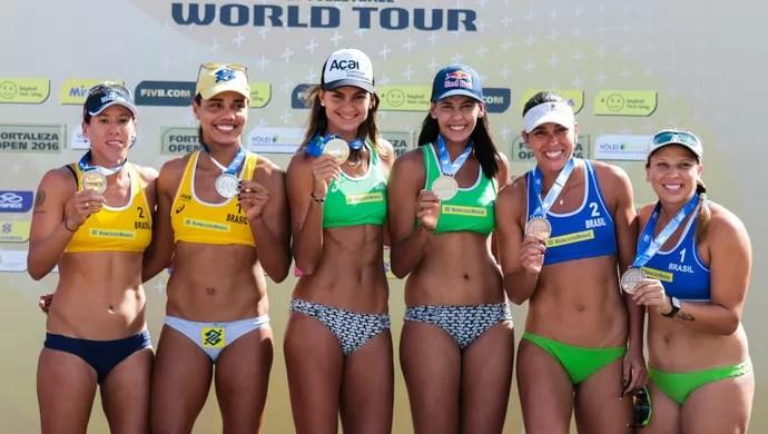 Pódio todo formado pelo Brasil no feminino e encabeçado por Elize e Duda (Foto: Matheus Vidal / CBV)