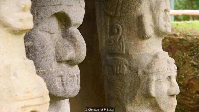 O Frei Juan de Santa Gertrudis, que encontrou as estátuas e túmulos em 1757, descreveu-as como 'obra do diabo' — Foto: Christopher P Baker/BBC Travel
