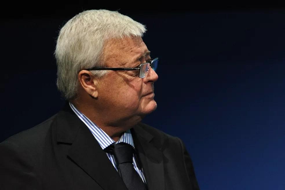 Ricardo Teixeira assumiu a CBF no dia 16 de janeiro de 1989. Preferia Parreira, mas escolheu Lazaroni como segunda opção — Foto: Getty Images