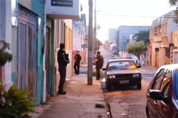 Policiais do Piauí cumprem mandados na operação Luz da Infância 2 (Foto: Divulgação/Polícia Civil)