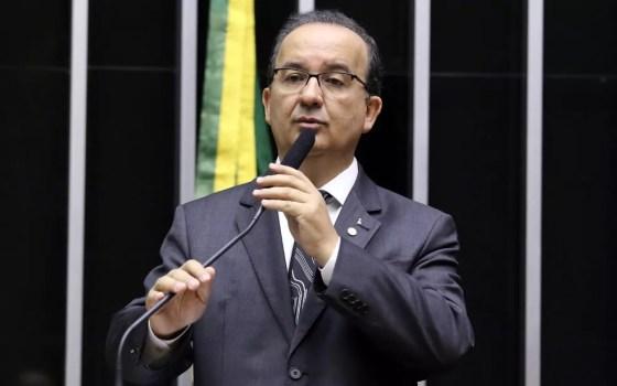 O deputado Jorginho Mello (PR-SC) no plenário da Câmara (Foto: Antonio Augusto / Câmara dos Deputados)