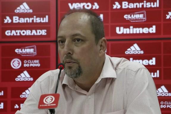 Inter define saída de Alessandro Barcellos do cargo de vice de futebol e de mais dirigentes | internacional | ge