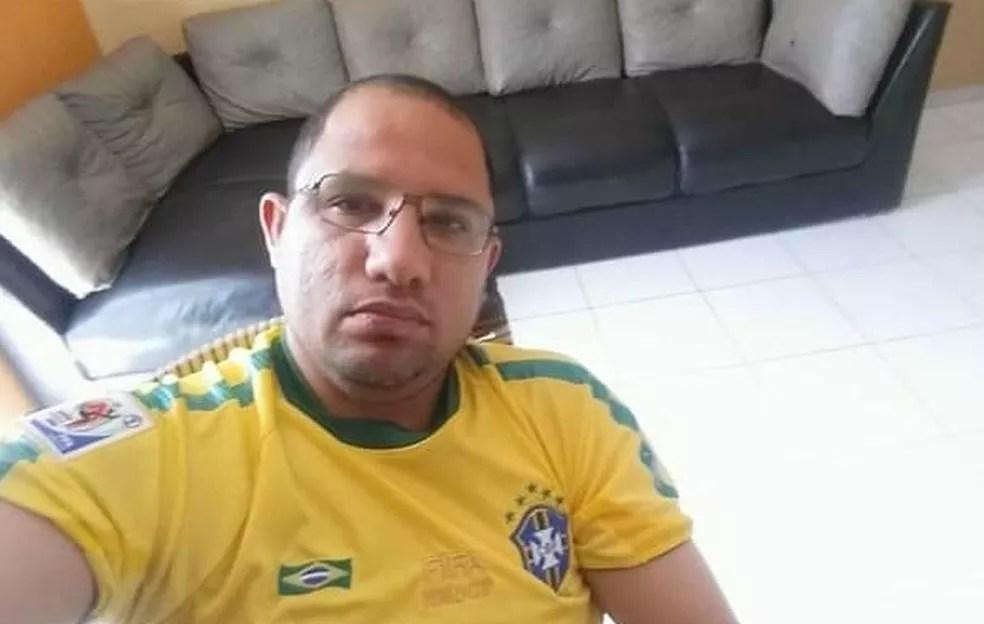 Professor é levado ao Hospital Metropolitano após ser esfaqueado por aluno no Pará. — Foto: Reprodução / Redes sociais