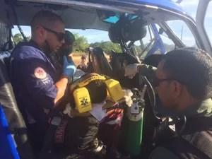 Criança é resgatada pelo Graer após ser atropelada por motocicleta na praia de Mar Grande (Foto: Divulgação/Graer)