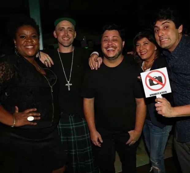 Cacau Protásio, Paulo Gustavo, Marcus Majella, Roberta Miranda e Thales Bretas (Foto: Reprodução/Instagram)