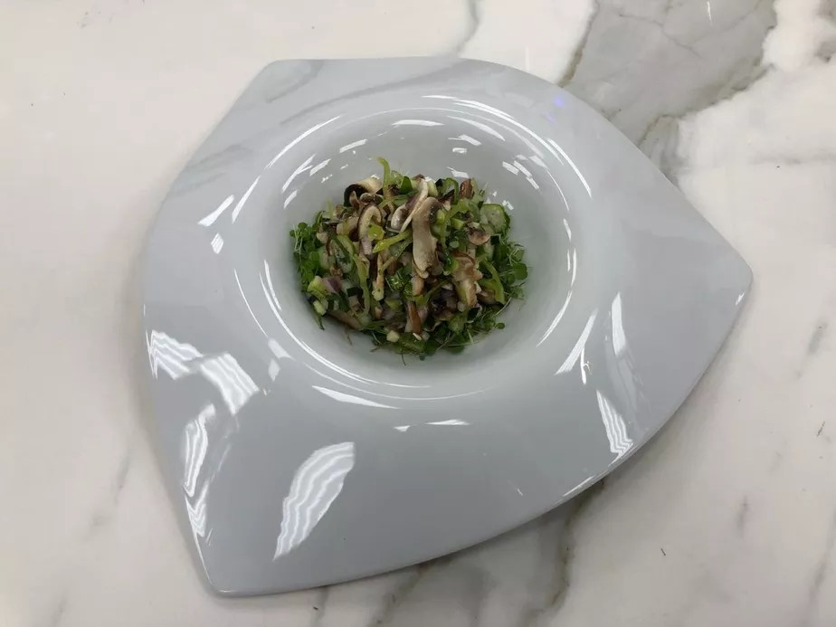 Marinados de Cogumelos e Vegetais Verdes