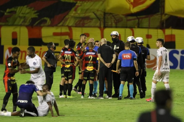 Sport x Palmeiras — Foto: Marlon Costa / Pernambuco Press