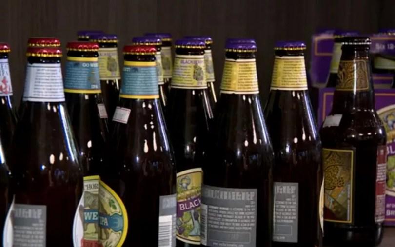 Cervejaras artesanais apostam em ampliar a variedade de produtos e oferecer cursos de especialização. (Foto: Reprodução/EPTV)