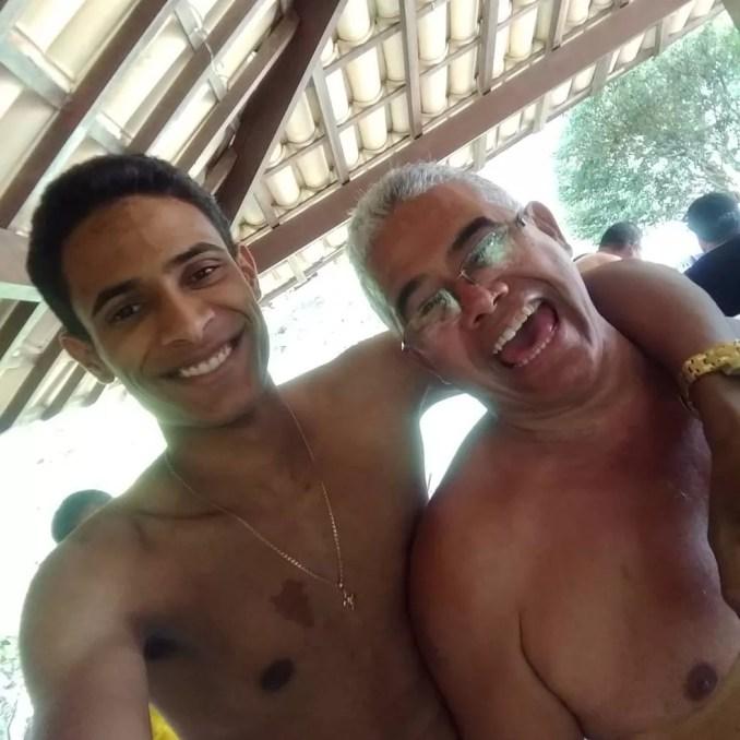 Matheus Augusto Lobo e o pai Erberte Lobo  — Foto: Erberte Lobo/Arquivo pessoal
