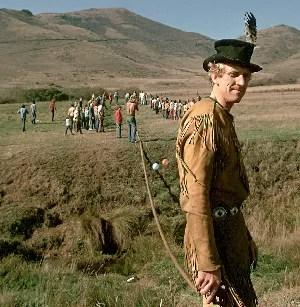 """O MALUCO BELEZA DA INTERNET Stewart Brand, numa foto de 1973. Ele migrou da cultura hippie para o mundo da tecnologia da informação e criou a """"internet antes da internet""""  (Foto: Ted Streshinsky/Corbis)"""