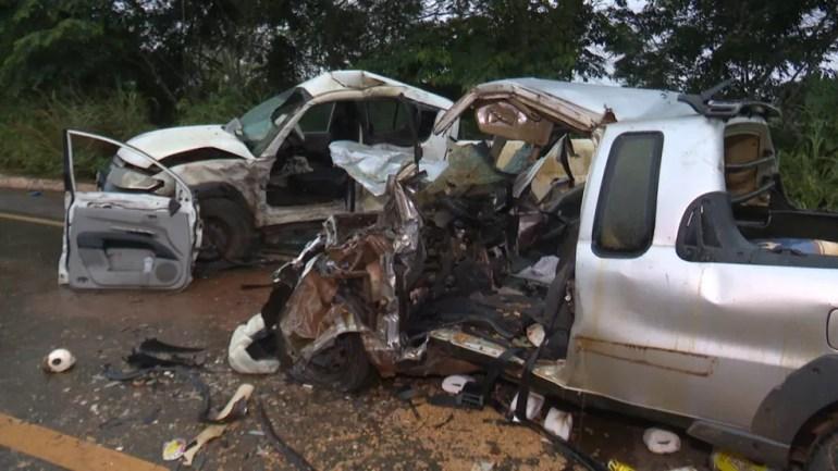 Segundo acidente aconteceu às 15h57, no Km 43, em Vilhena, e envolveu duas caminhonetes.  — Foto: Ricardo Araújo/Rede Amazônica
