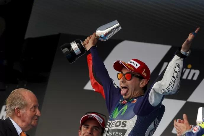 Jorge Lorenzo vence a etapa de Jerez de la Frontera 2015 no Moto GP (Foto: Reuters)