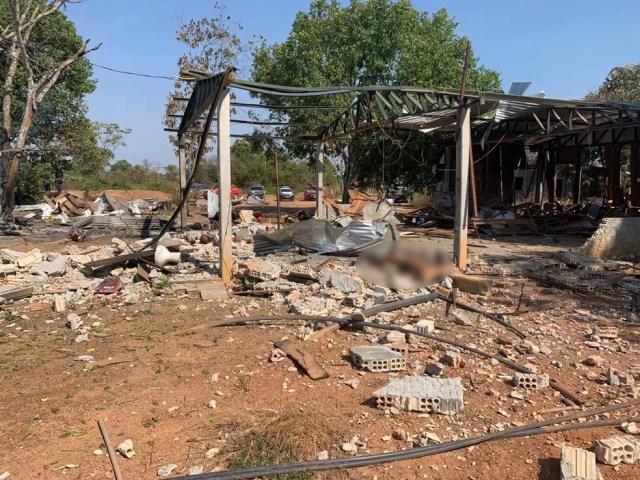 Explosão em garimpo deixou duas pessoas mortas e três feridas — Foto: Corpo de Bombeiros