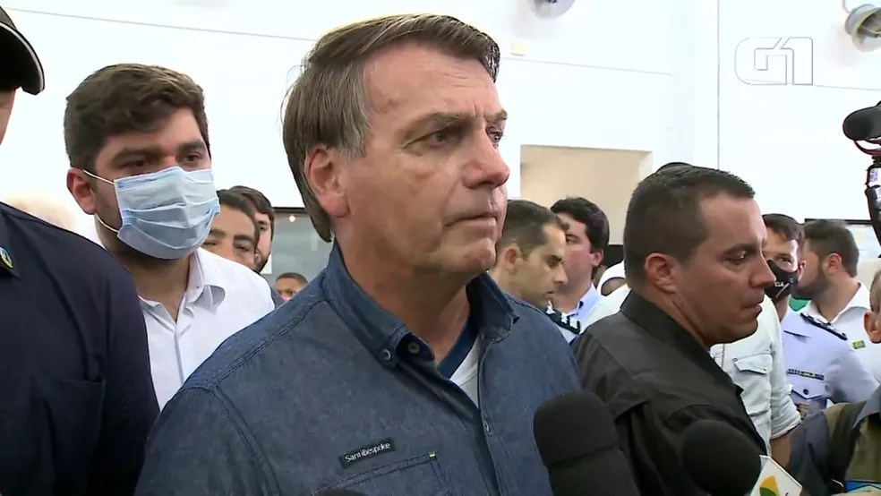 Bolsonaro diz que auxílio emergencial deve ser estendido por '3 ou 4 meses' — Foto: Reprodução/TV Mirante/G1 MA