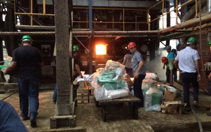 Foram duas toneladas de drogas incineradas (Foto: Divulgação/Polícia Civil)