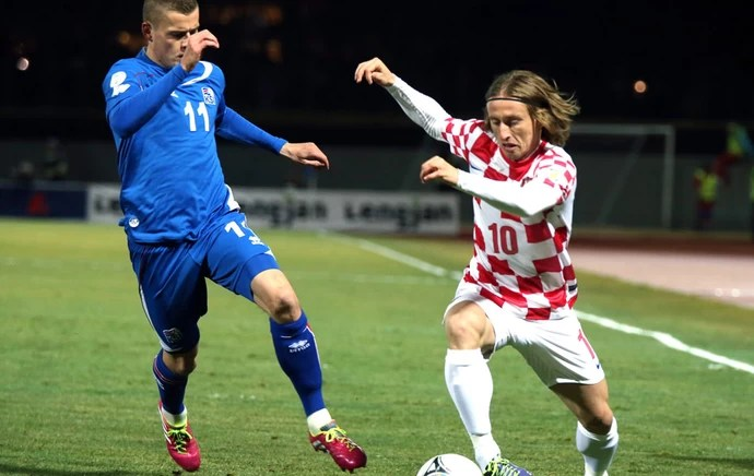 Modric Islândia e Croácia (Foto: Agência AP )