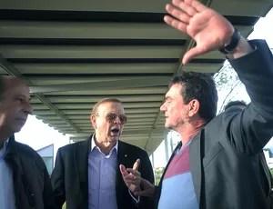 José Maria Marin visita o CT do Corinthians (Foto: Marcos Ribolli / Globoesporte.com)