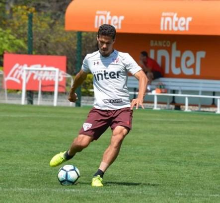 Hernanes, do São Paulo, soma oito gols em 15 jogos (Foto: Érico Leonan / saopaulofc.net)